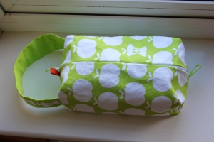 Washbag - by me and Clothkits